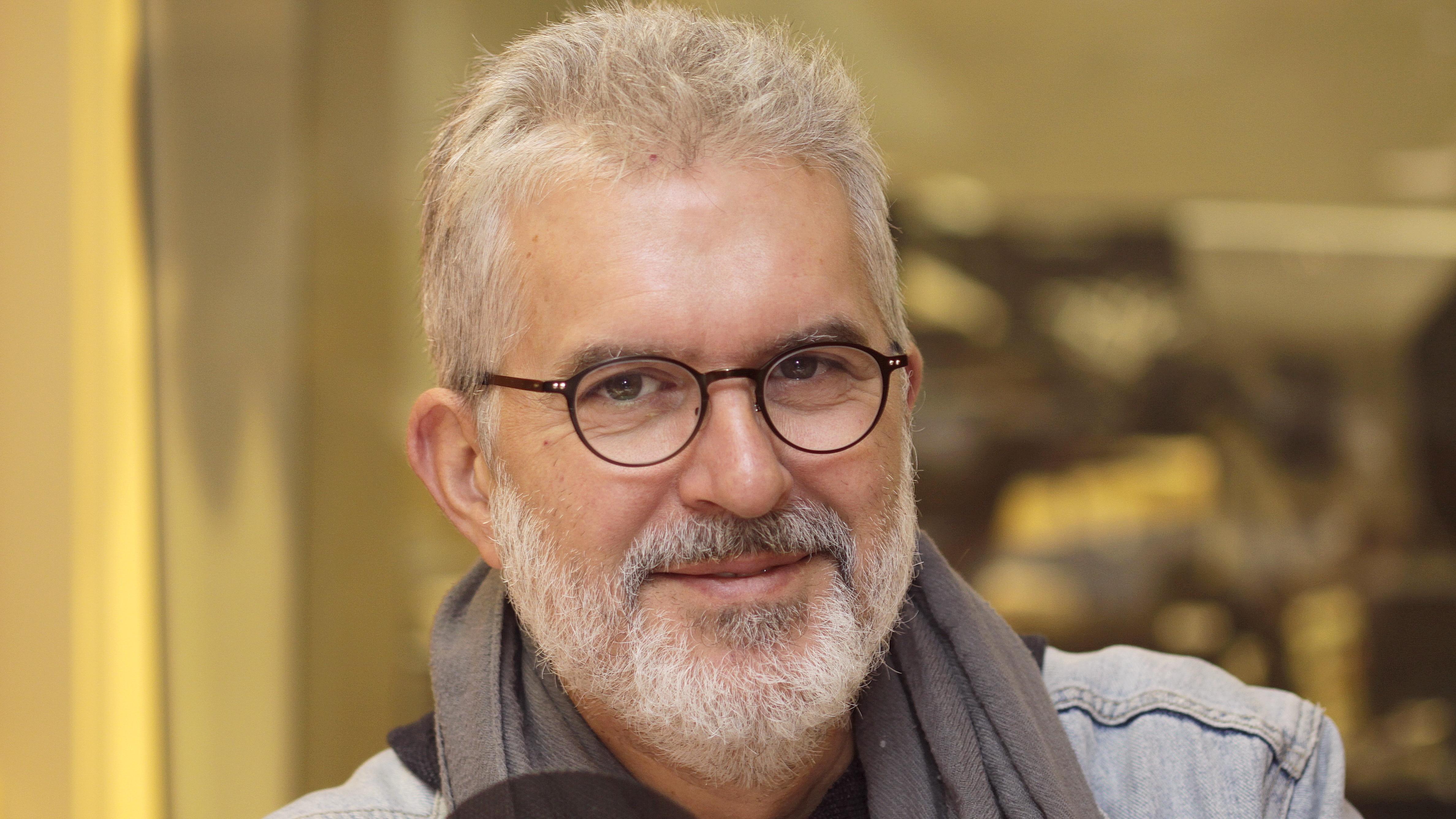 Stéphane Garneau, chroniqueur techno. Il remplace également Joel Le Bigot à l'animation à l'occasion.