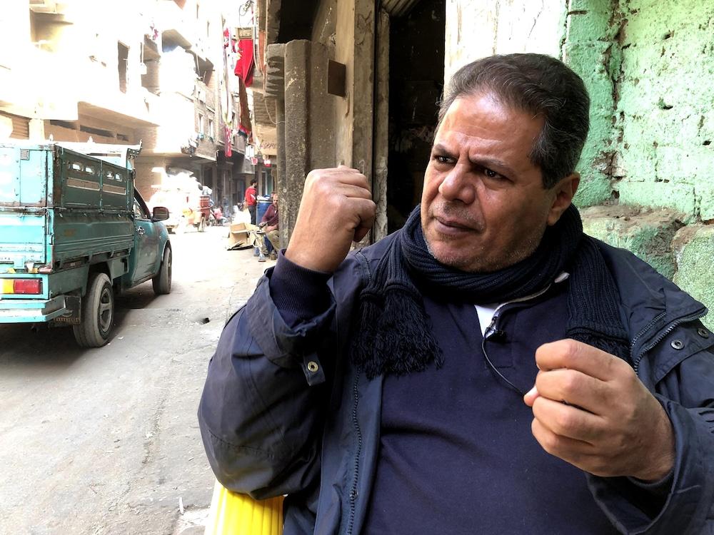 Ezzat Naem Guindy parle avec conviction du travail des zabbalines.