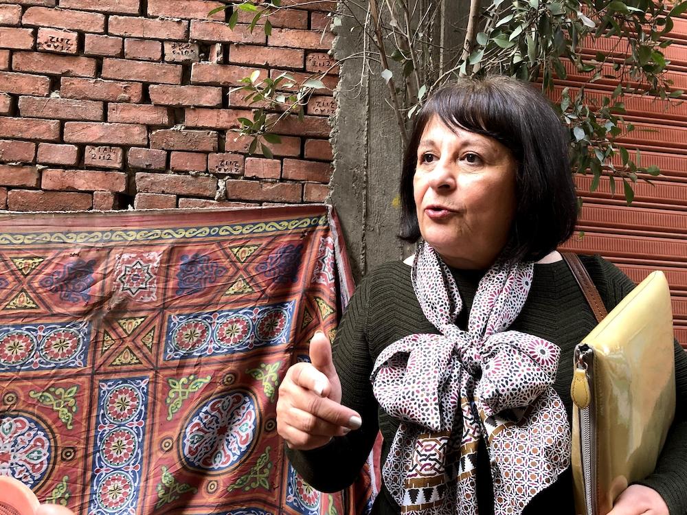 Laila Iskandar explique l'importance des zabbalines pour la ville du Caire.
