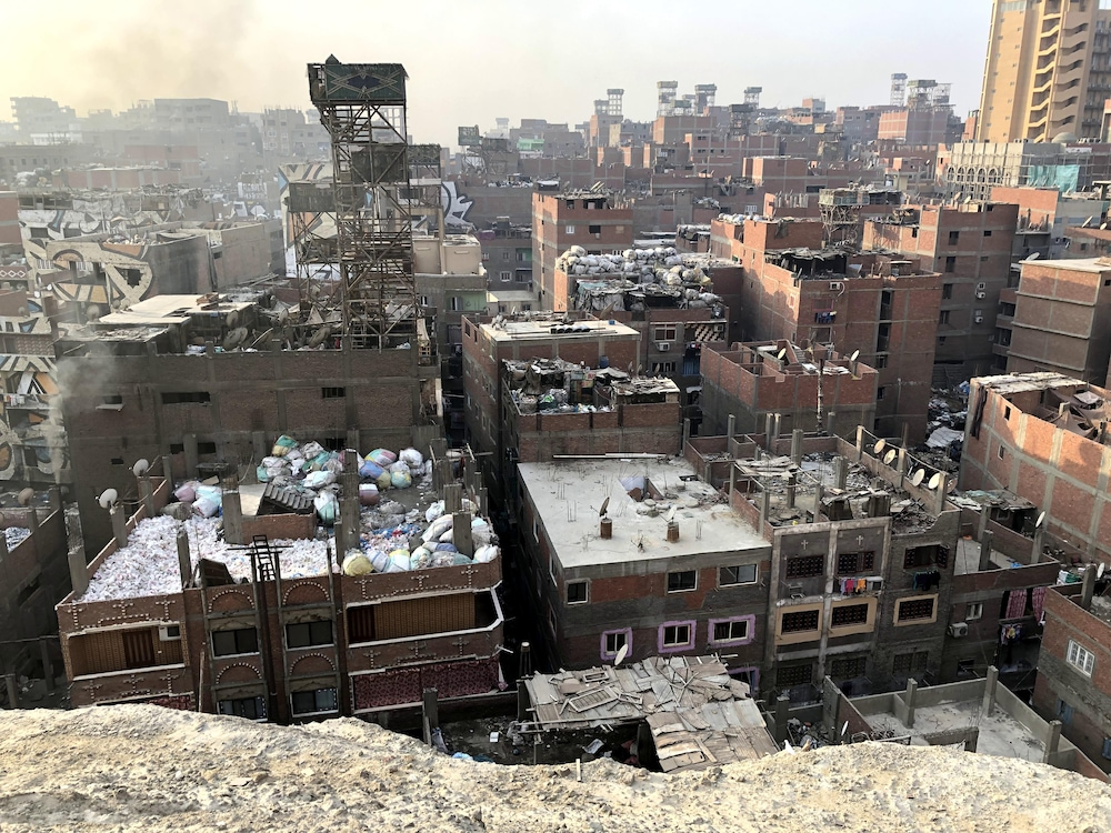 La cité-ordures de Manshiyat Nasser, au Caire, où vivent 70 000 zabbalines.