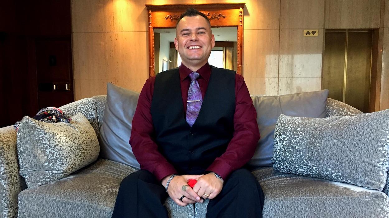 Jesse Thistle, un Métis dont le parcours personnel a nourri sa vision de l'itinérance, a défini le concept d'itinérance autochtone.