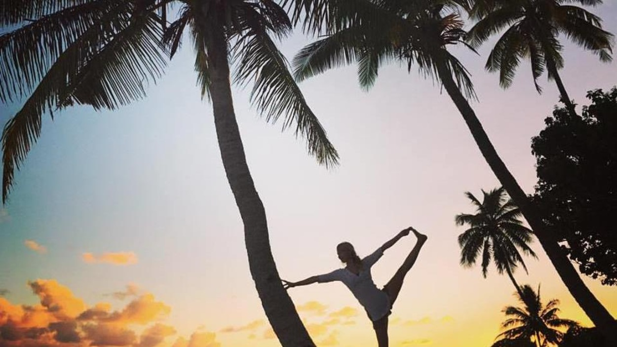 Josiane O'Rourke est professeure de yoga terre et mer.