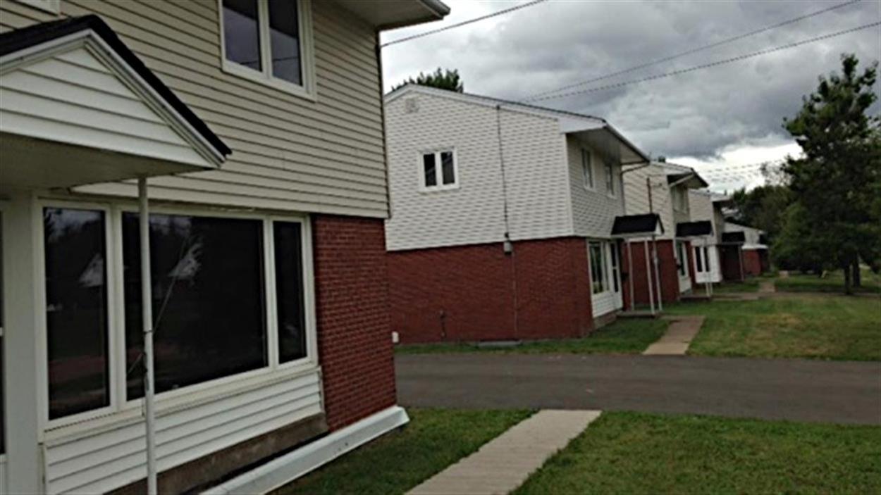 Des maisons laissées vacantes depuis le départ de militaires dans l'ouest de Moncton
