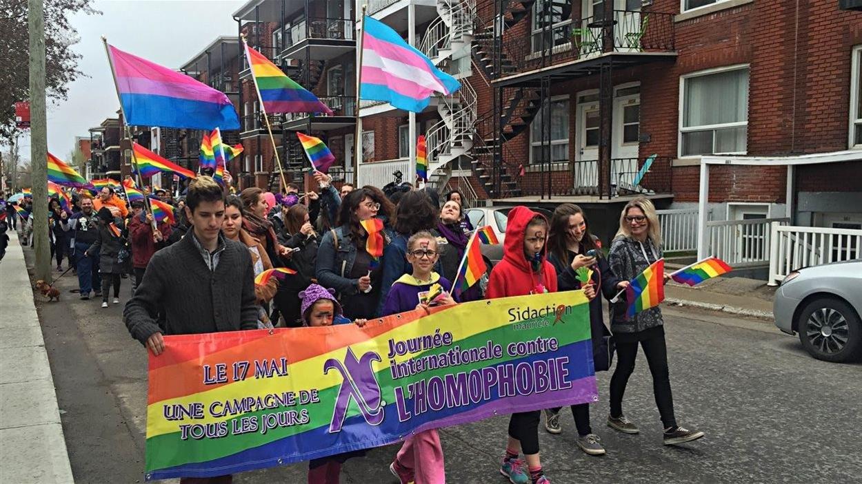 Une marche contre l'homophobie à Trois-Rivières.