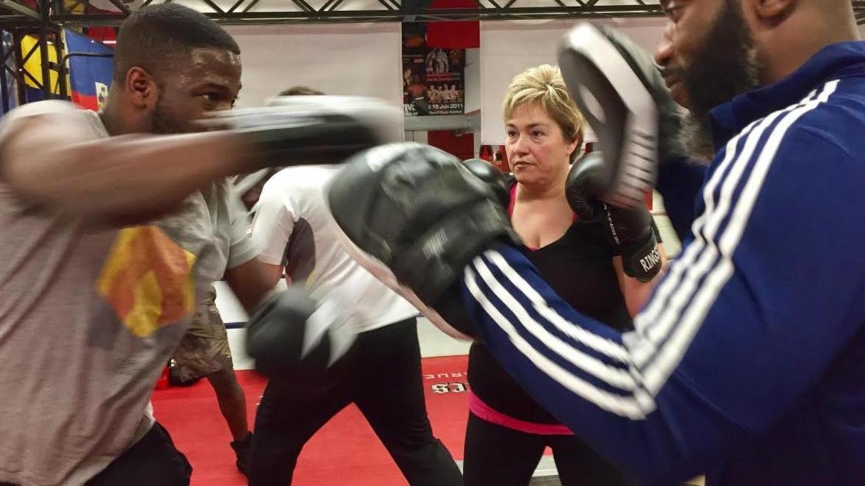 Anie Samson (au centre) à l'entraînement