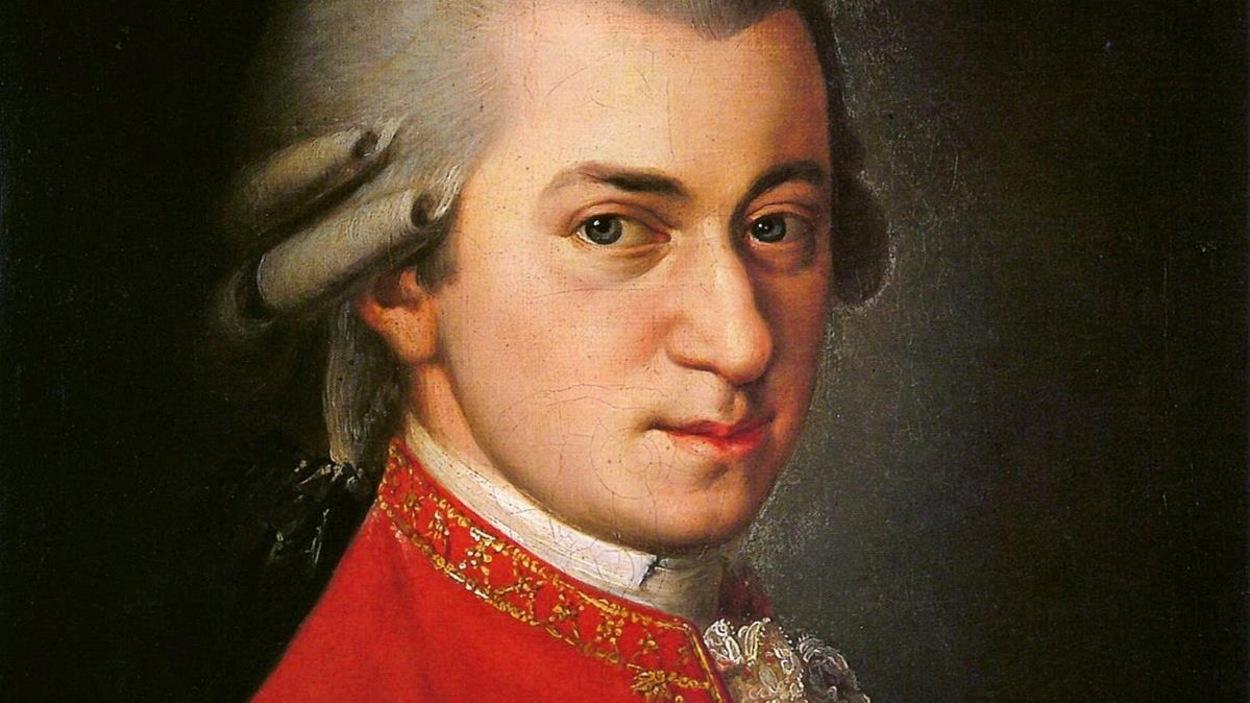 Portrait d'un homme jeun habillé comme au 18e siècle