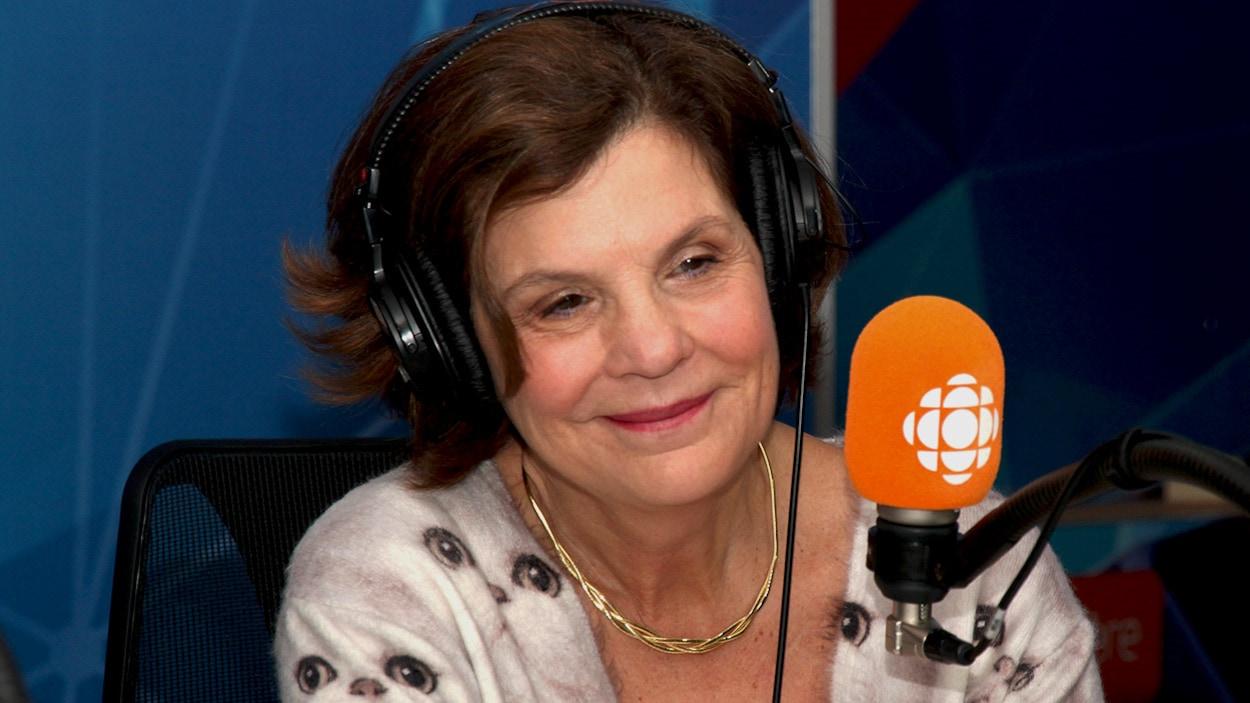 Liza Frulla en entrevue avec Francis Reddy à On n'est pas sorti de l'auberge