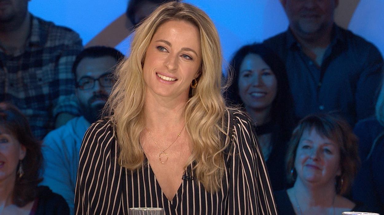Christine Beaulieu sur le plateau des Enfants de la télé.