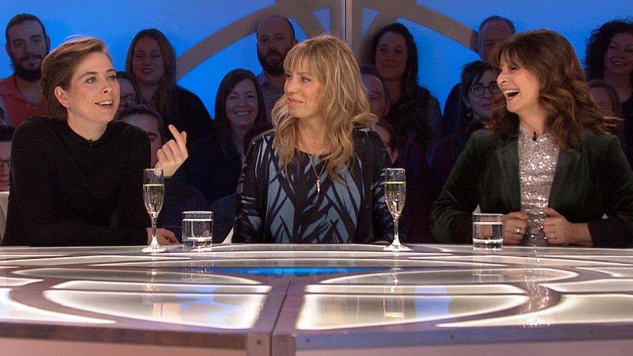 Ève Landry, Céline Bonnier et Guylaine Tremblay sur le plateau des Enfants de la télé.