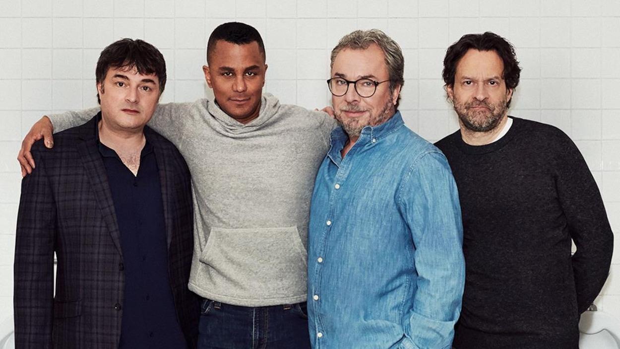 Christian Bégin, Normand Daneau, Alexis Martin et Yanic Truesdale dans les rôles de Christian, Martin, Simon et Étienne.