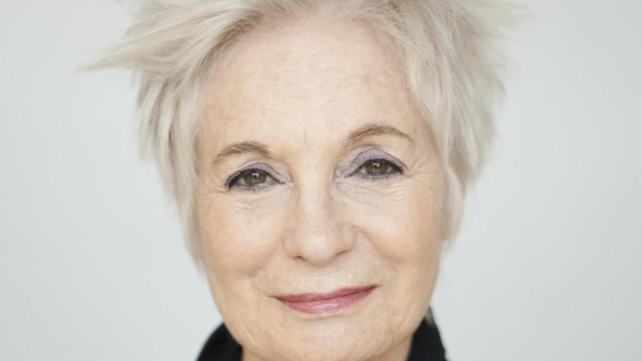 Louise Latraverse.