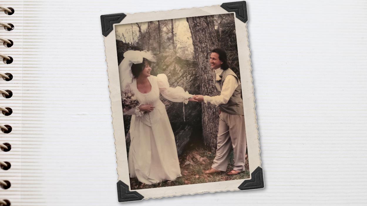 Mari et femme le jour de leur mariage