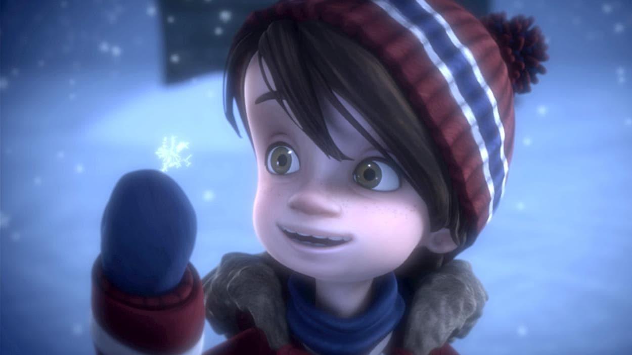 Alex, sous la neige qui tombe, lève la main.