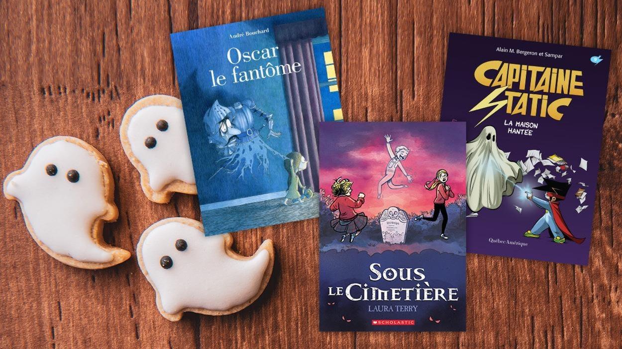 Trois livres sont disposés sur une table, à côté, trois biscuits en forme de fantômes.