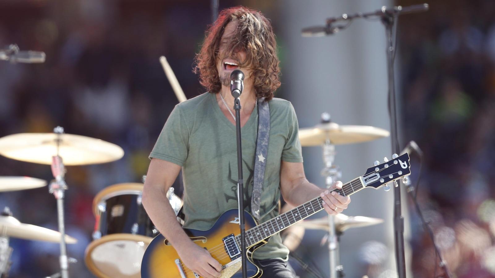 Le chanteur Chris Cornell sur scène à Seattle en 2014