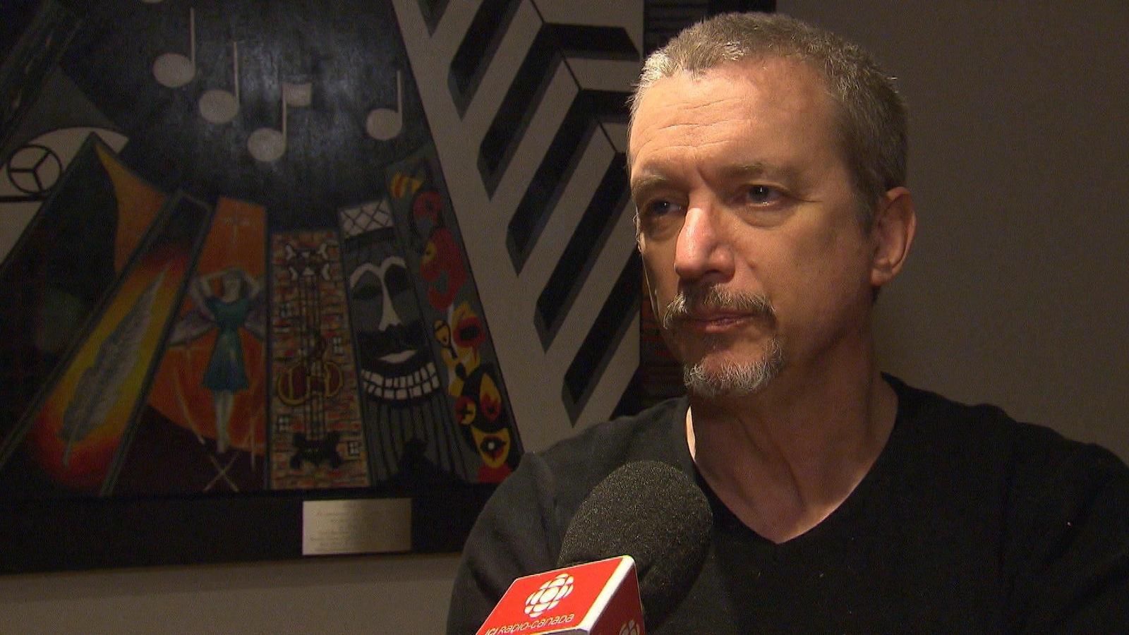 Le chanteur Dan Bigras a réagi à l'annonce du décès du bluesman Bob Walsh.