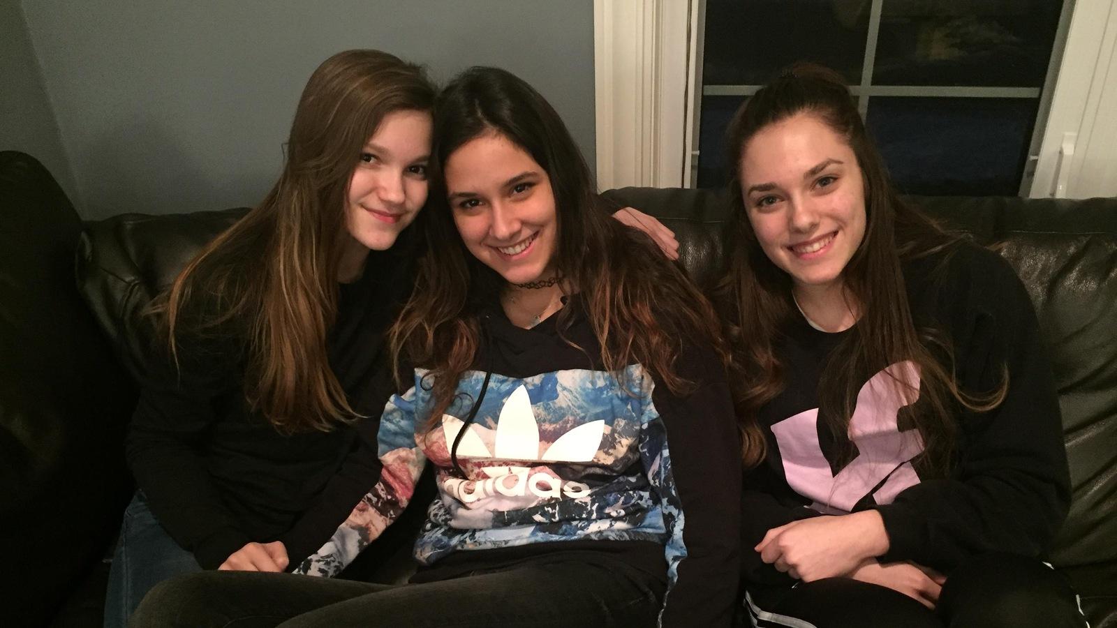 Alexie Auclair (13 ans), Lavinia Ferri (17 ans) et Tanya Auclair (17 ans) sont devenues presque inséparables.