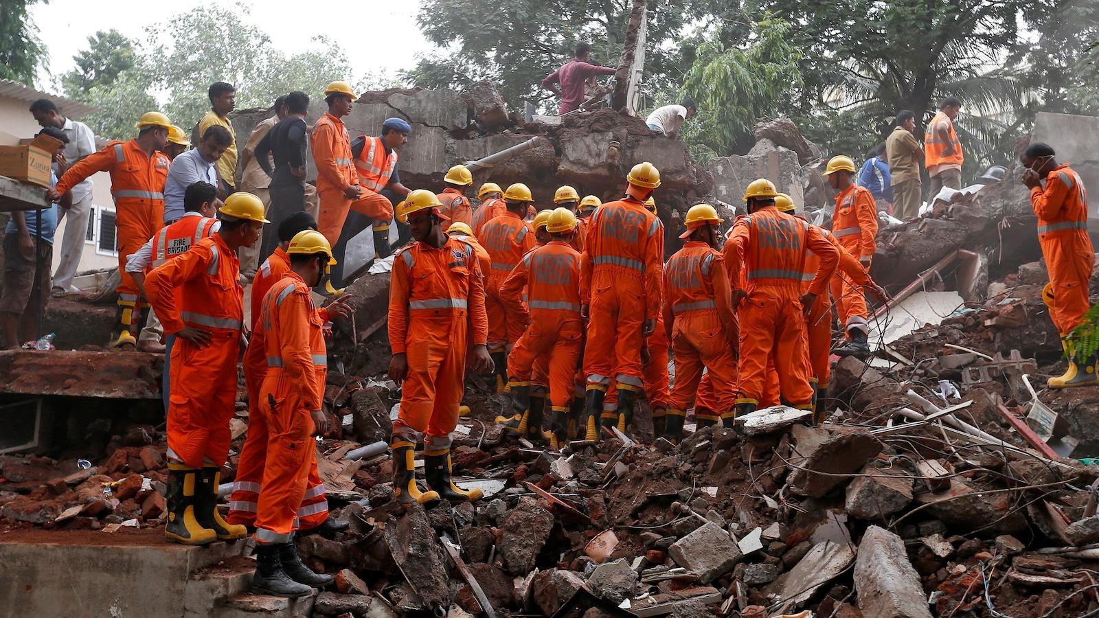 17 morts dans l'effondrement d'un immeuble à Bombay — Inde
