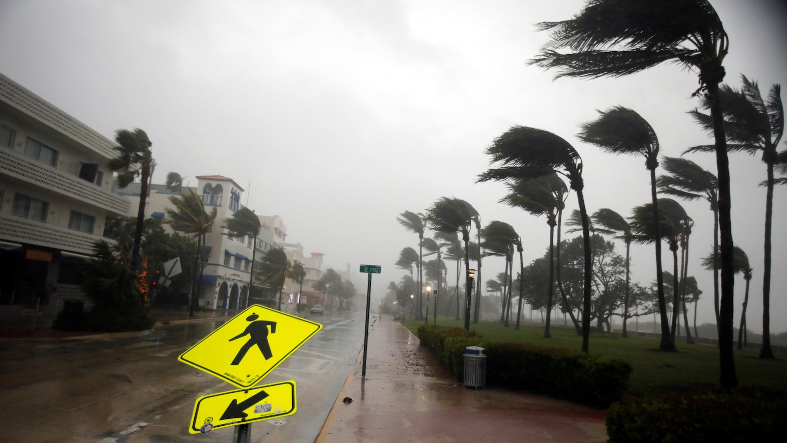Macron se rendra mardi matin sur l'île de Saint-Martin — Irma