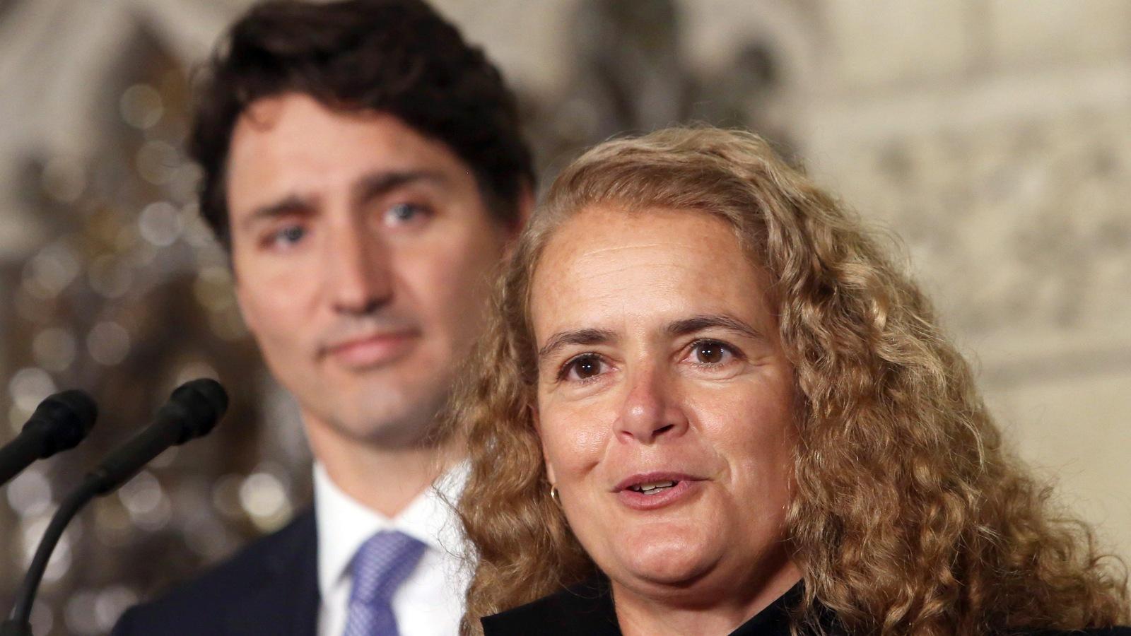 Le premier ministre du Canada, Justin Trudeau et l'ex-astronaute Julie Payette, gouverneure générale désignée du Canada, le 13 juillet 2017