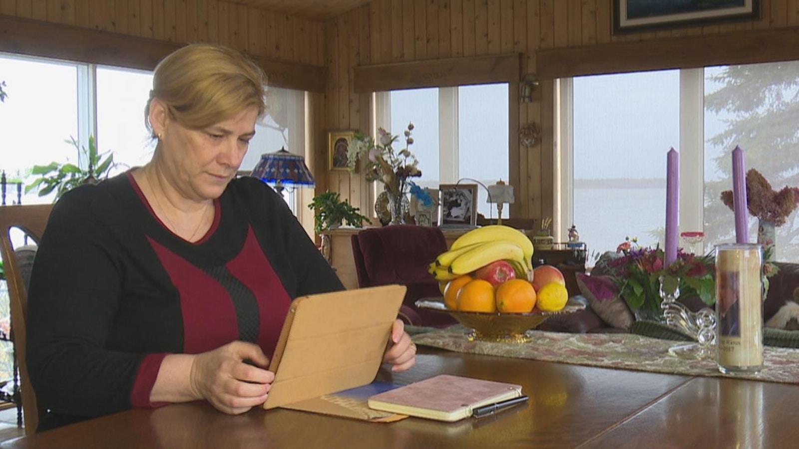 La directrice de la Fédération acadienne de la Nouvelle-Écosse, Marie-Claude Rioux.