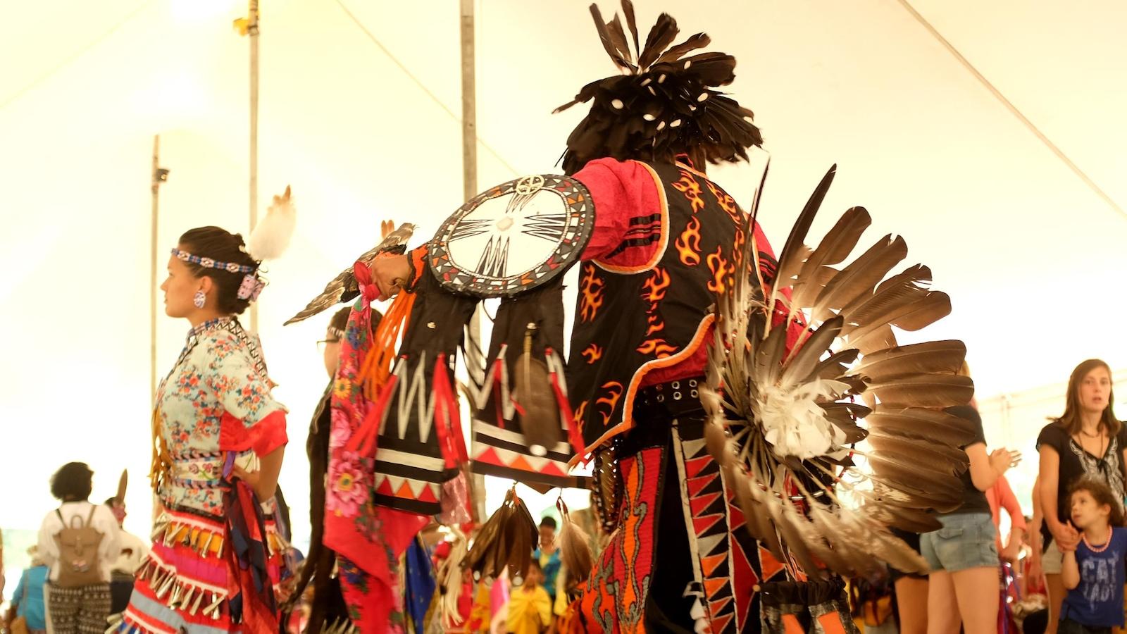 La danse traditionnelle au pow-wow de McGill