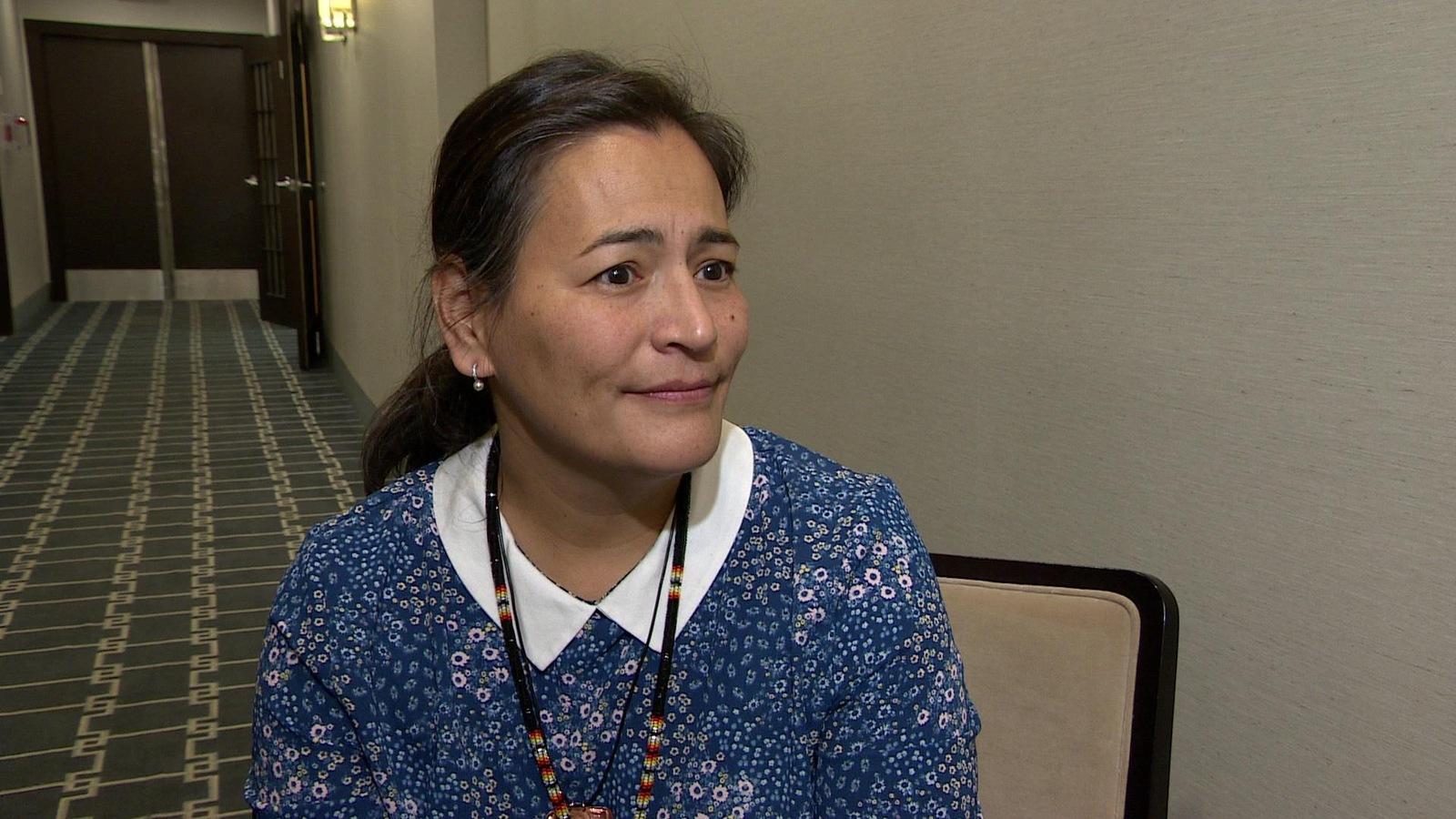 La commissaire Michèle Audette en entrevue à l'hôtel Sheraton Cavalier de Saskatoon