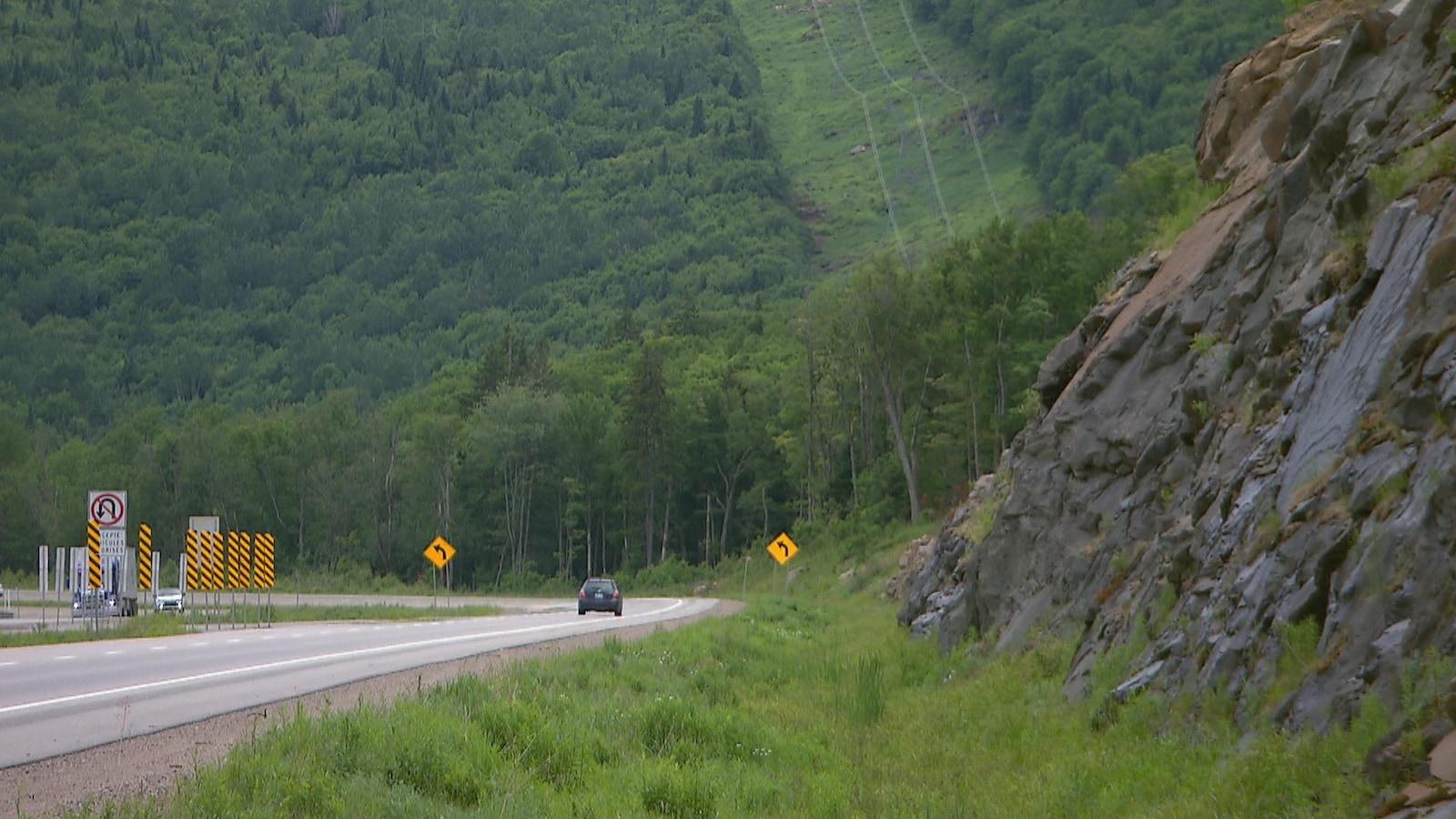 Route 175 dans la réserve faunique des Laurentides