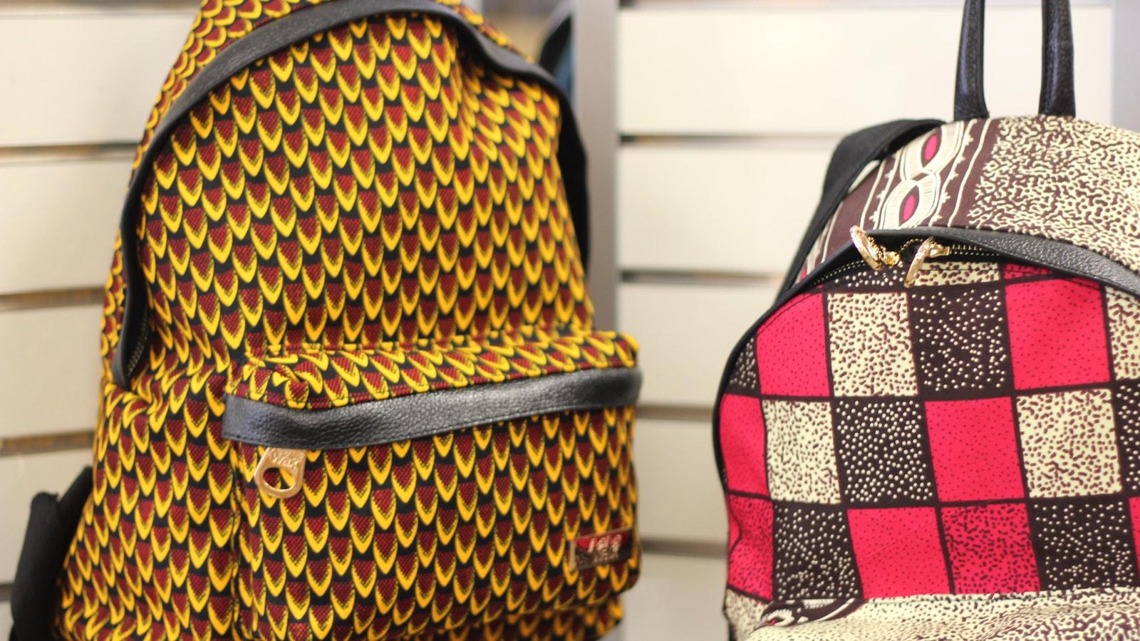 Le sac à dos en tissu wax ou comment porter du wax dans une touche moderne