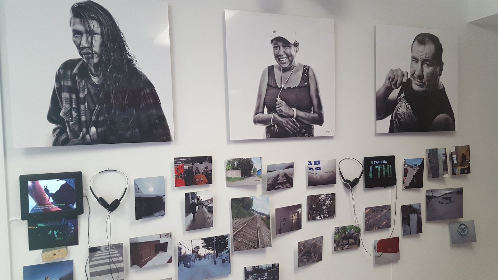 C'est aussi à cet endroit qu'a été déplacée l'exposition photo réalisée pour les 40 ans du Centre d'amitié autochtone de Val-d'Or.