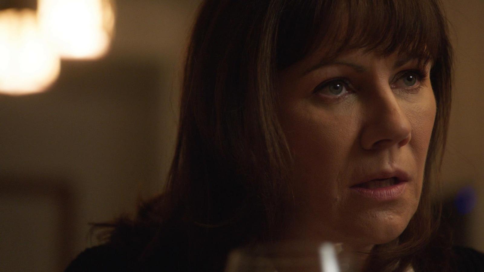 La comédienne Geneviève Brouillette dans District 31.