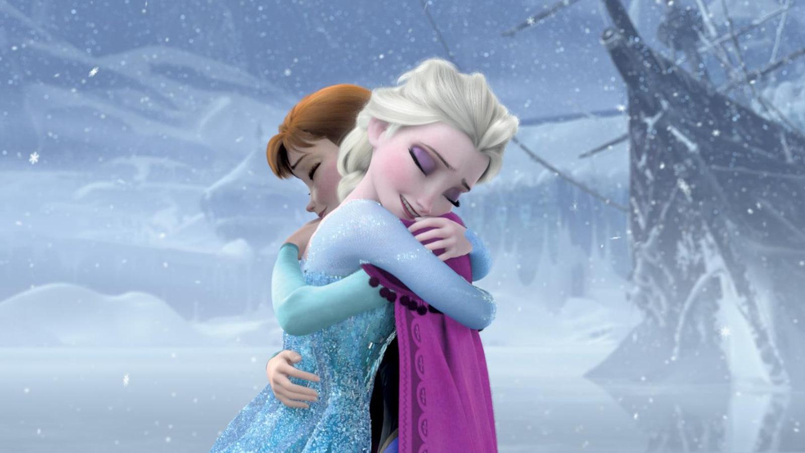 Dessinées, deux jeunes femmes s'enlacent sous la neige.