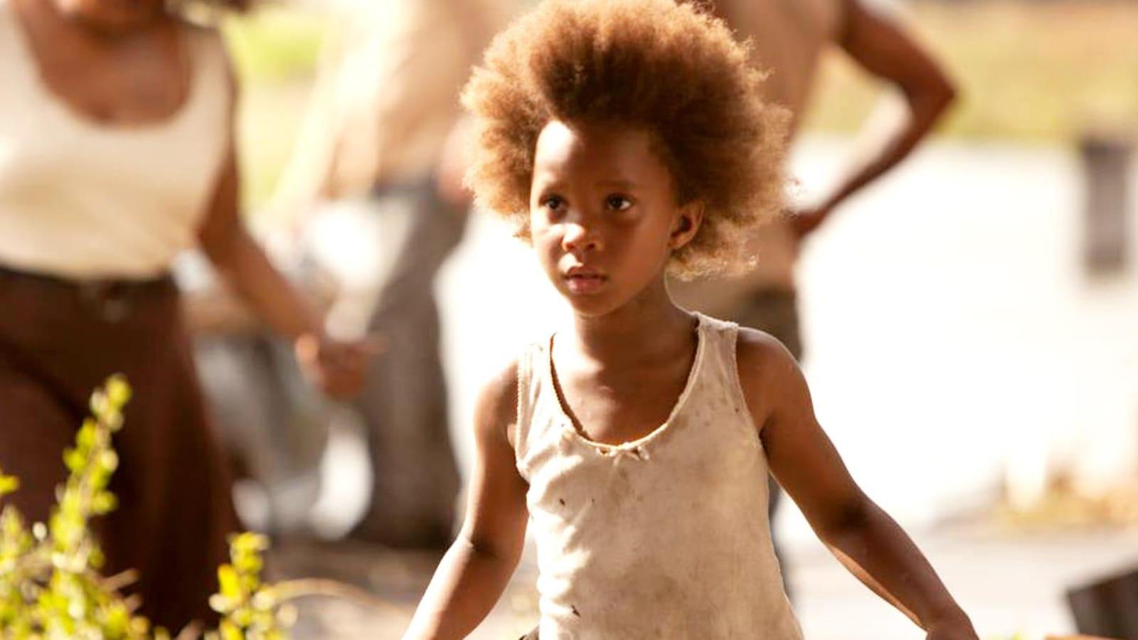 Une petite fille débraillée.
