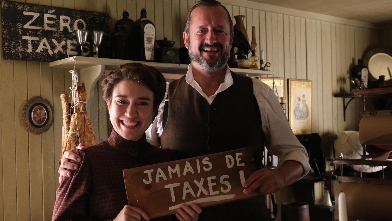 Marie-Ève Milot et Rémi-Pierre Paquin dans Les pays d'en haut.