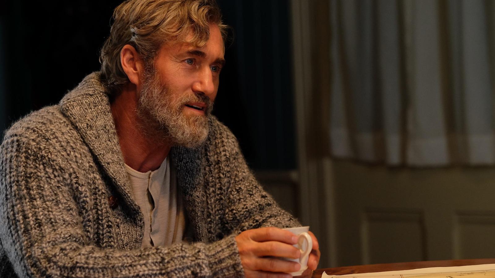 Roy Dupuis joue le père de Félix Leclerc