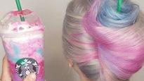 Une coiffeuse crée une coiffure aux couleurs d'une boisson