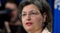 Fatima Houda-Pepin, alors qu'elle annonçait sa candidature indépendante dans La Pinière, en mars 2014 à l'Assemblée nationale du Québec.