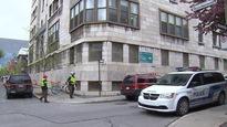 Des membres du FRAPRU se barricadent dans un hôpital désaffecté de Montréal