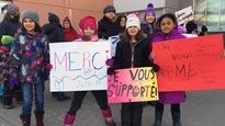 Parents et élèves manifestent contre la fermeture des écoles en Nouvelle-Écosse