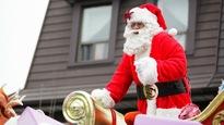 Le père Noël dans son traîneau.