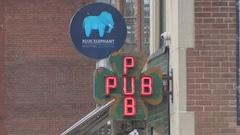 Des bars de Toronto demandent de pouvoir rester ouverts plus tard