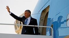 Obama s'adresse à la foule à la base aérienne Andrews