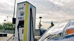 L'installation des bornes électriques en Ontario prend du retard