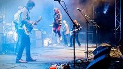 Le groupe canadien Broken Social Scene se produit à Manchester au lendemain de l'attentat