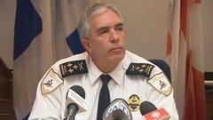 La Ville de Saguenay défend son chef de police
