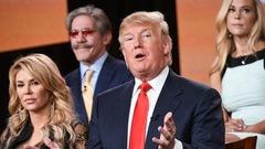 Donald Trump demeure producteur de la téléréalité<em> Celebrity Apprentice</em>