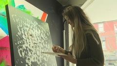 Artiste à 15 ans : le parcours d'Elfée, une jeune Granbyenne
