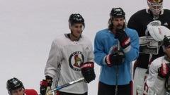 Erik Karlsson patine pour la première fois depuis son opération