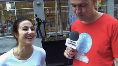 Comment Guy Nantel réalise-t-il ses populaires vox pop?