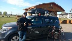 En enfourchant son vélo, un Gaspésien défie la sclérose en plaques
